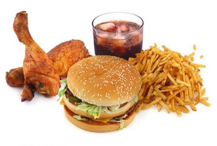 Người bệnh cần tránh các thực phẩm nhiều đạm