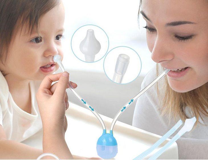 Rửa mũi đúng cách giúp điều trị viêm mũi xuất tiết ở trẻ