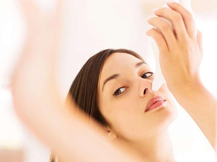 Vệ sinh mũi đúng cách để phòng ngừa viêm tai giữa