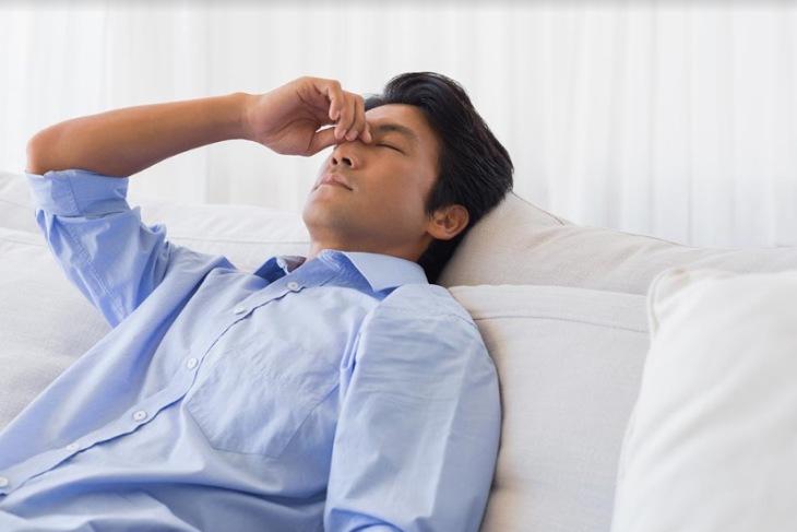 Tình trạng căng thẳng dẫn đến suy giảm nồng độ testosterone và chất lượng tinh trùng