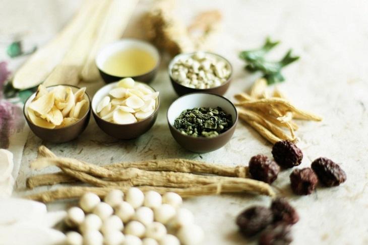 Bài thuốc Đông y chữa mề đay do dị ứng thức ăn