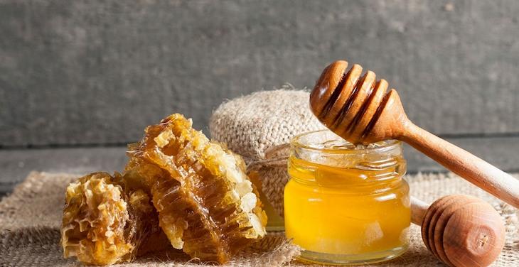 Mật ong có tác dụng chữa viêm họng rất hiệu quả