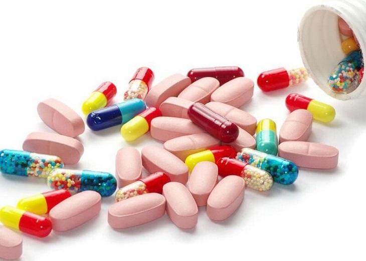 Sử dụng thuốc Tây để điều trị bệnh viêm loét đại tràng xuất huyết