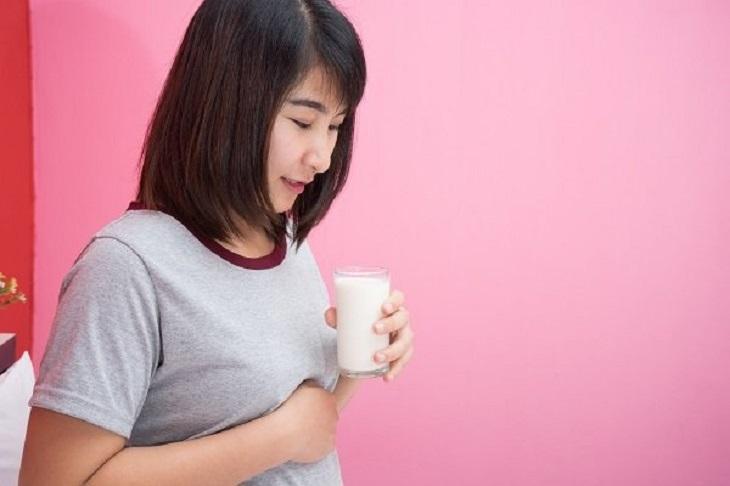 Đau dạ dày có thể uống sữa nhưng cần chú ý liều lượng