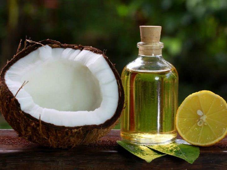 Dầu dừa và nước chanh giúp giảm triệu chứng của viêm da cơ địa