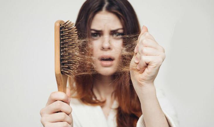 Mất ngủ rụng tóc làm giảm chất lượng sống