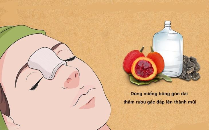 Người bệnh cần cẩn trọng, thực hiện đúng các lưu ý khi dùng rượu gấc chữa viêm mũi dị ứng.