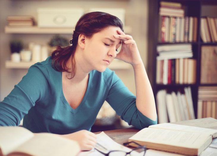 Áp lực công việc, học tập khiến thanh niên, người trẻ tuổi bị mất ngủ