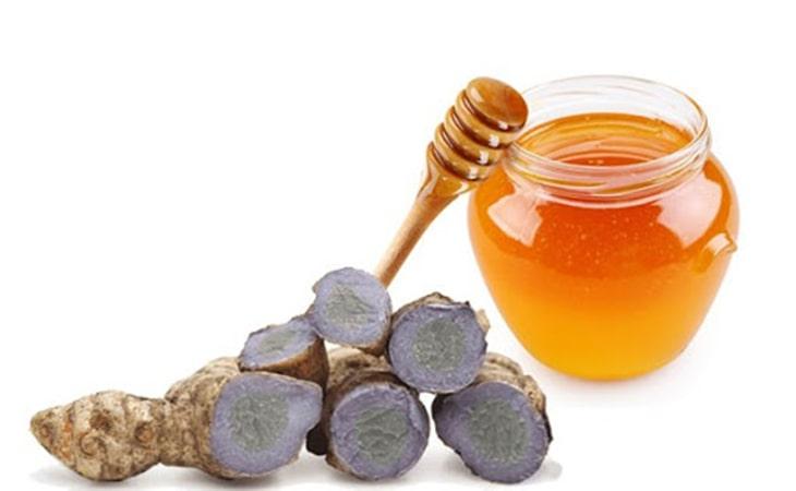Mật ong và nghệ đen chữa đau dạ dày hiệu quả