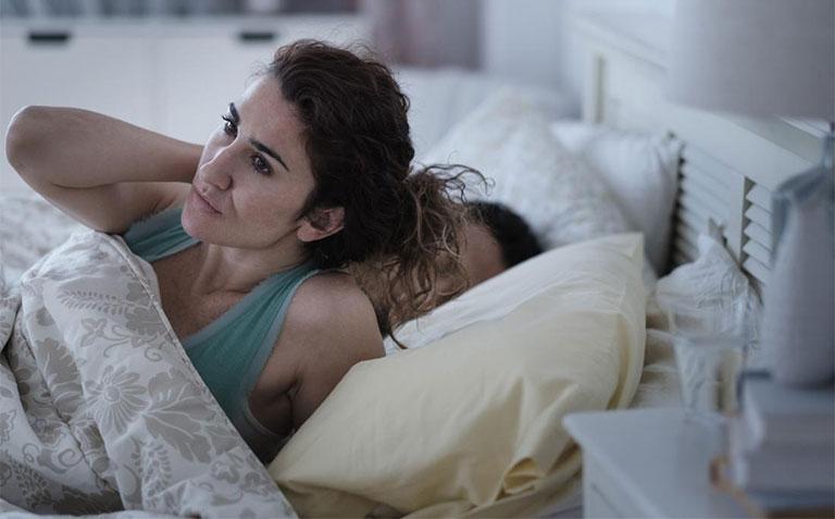 Nổi mẩn ngứa vào ban đêm khiến người bệnh khó chịu, mất ngủ