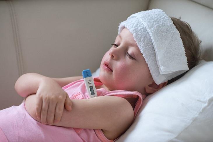 Một số lưu ý khi thực hiện phác đồ điều trị viêm tai giữa ứ dịch
