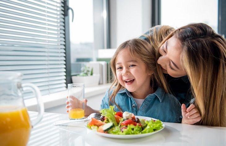Theo dõi sức khỏe của trẻ để sớm phát hiện bệnh