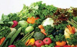 Người bị viêm dạ dày cấp nên bổ sung rau xanh và hoa quả không chua vào chế độ ăn uống