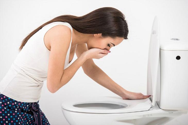 Ốm nghén là dấu hiệu mang thai phổ biến sau quan hệ tình dục