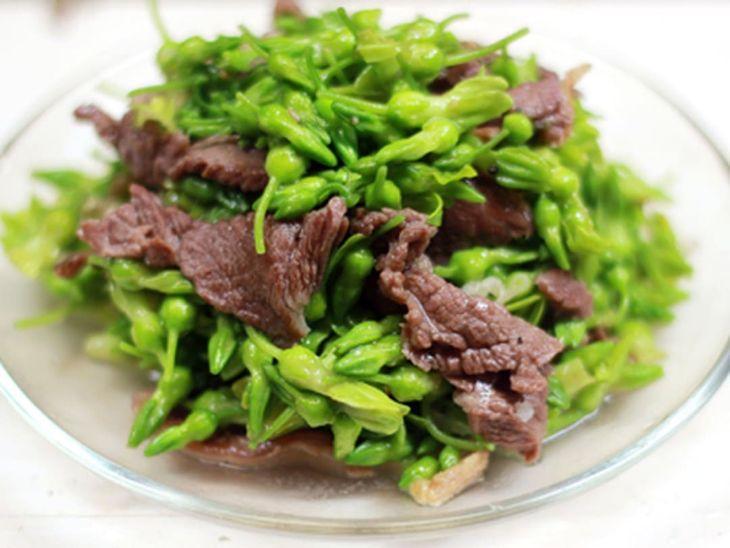 Thịt bò xào hoa thiên lý là món ngon cung cấp dinh dưỡng và hỗ trợ điều trị mất ngủ
