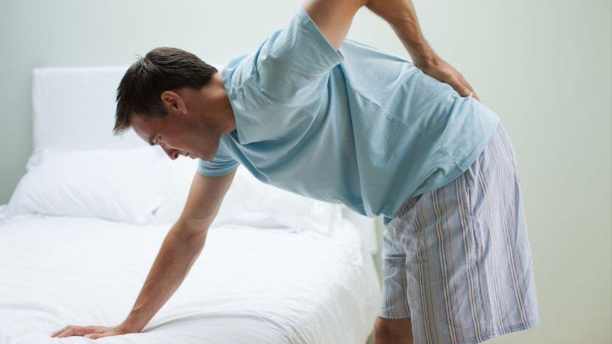 Thoát vị đĩa đệm cột sống thắt lưng là bệnh xương khớp phổ biến