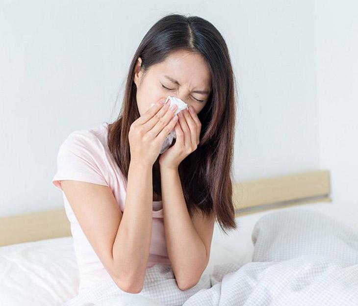Bệnh viêm mũi dị ứng đeo bám Nhàn ngay từ những ngày đầu sống ở Đăc Lăk