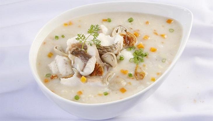 Bổ sung bữa ăn chứa nhiều dinh dưỡng cho người bệnh