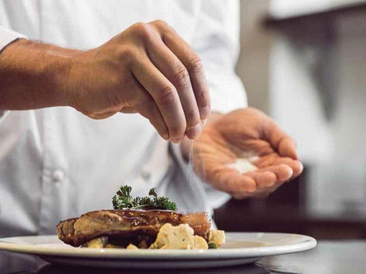 Hạn chế đồ ăn chứa nhiều muối