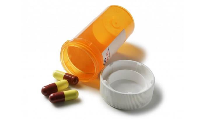 Dùng thuốc Tây để điều trị bệnh