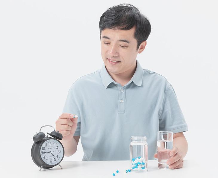 Uống thuốc đúng giờ nhằm mang lại hiệu quả cao