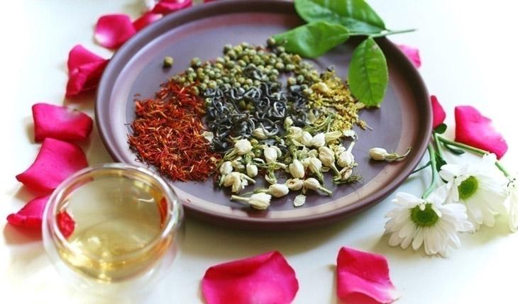 Uống trà thảo mộc mỗi ngày giúp tinh thần thư thái, ngủ ngon hơn