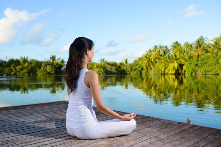 Các bài luyện tập thở là biện pháp hữu ích để khắc phục tình trạng trào ngược dạ dày gây khó thở