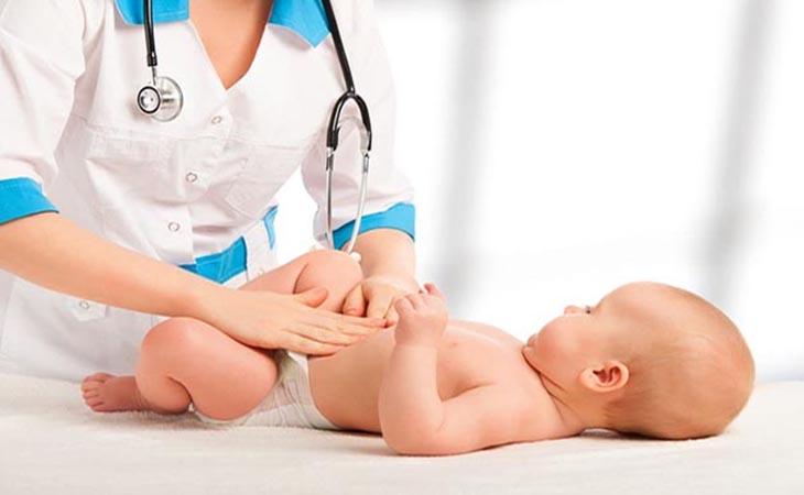 Chăm sóc như thế nào để điều trị trào ngược dạ dày ở trẻ sơ sinh hiệu quả?