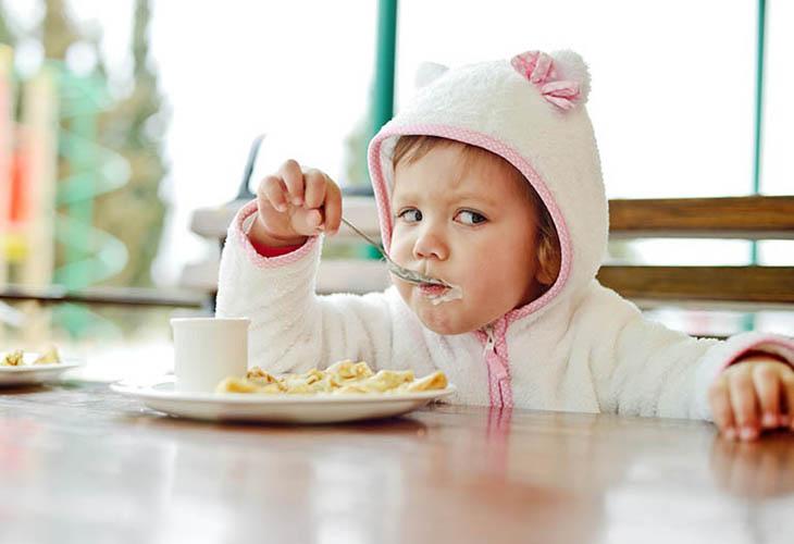 Trào ngược dạ dày thực quản ở trẻ 3 tuổi nguy hiểm như thế nào?