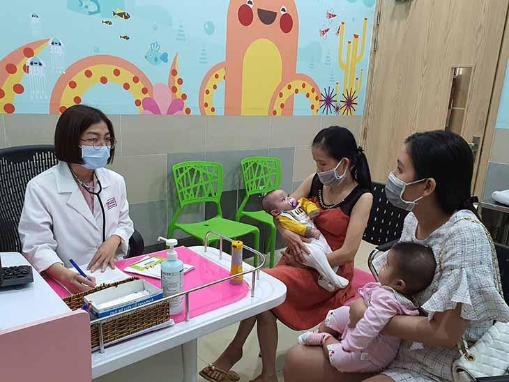 Trẻ sơ sinh có nguy cơ cao mắc các bệnh về tai mũi họng nói chung