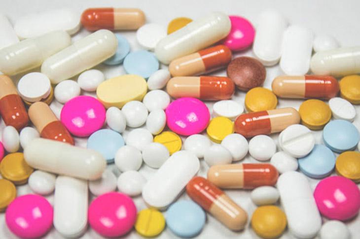 Beta-lactam là thuốc kháng sinh rất quen thuộc với người bị viêm họng