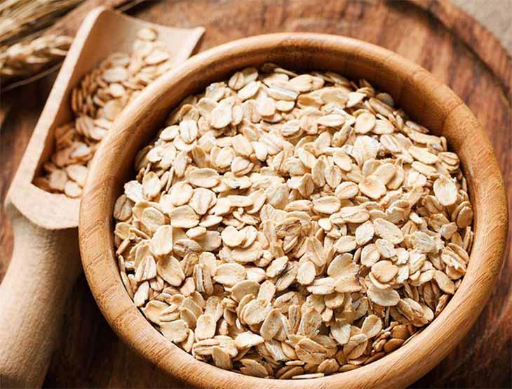 Yến mạch là một trong những thực phẩm giúp thúc đẩy quá trình loại bỏ triệu chứng viêm họng