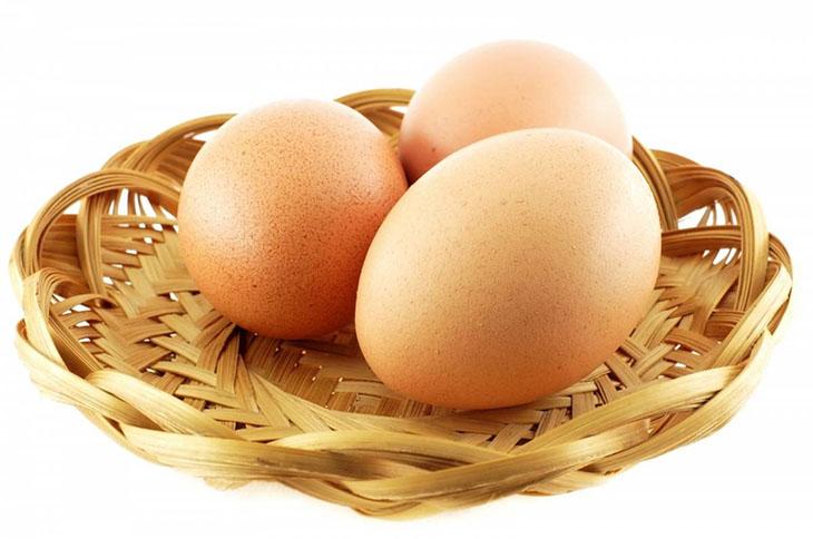 Viêm họng có nên ăn trứng gà không, đi tìm câu trả lời chính xác