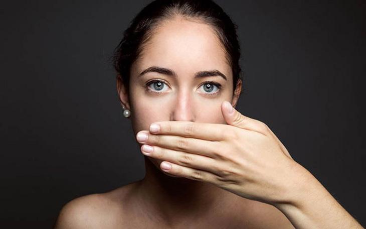 Viêm họng gây hôi miệng - biểu hiện bệnh lý hô hấp cần cảnh giác