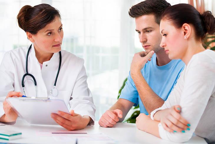Đi thăm khám để có hướng chữa trị viêm họng trào ngược dạ dày thực quản nhất