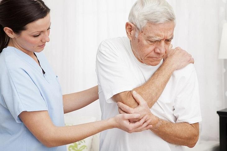 Tỷ lệ phục hồi ở người già thường thấp hơn