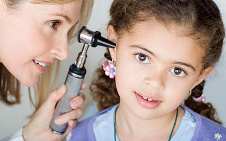 Viêm tai giữa cấp ở trẻ em là tình trạng gì?