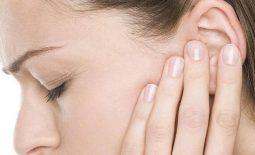 Viêm tai giữa gây đau nhưc, khó chịu