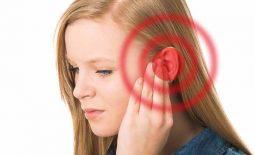 Viêm tai giữa gây ù tai có nguy hiểm không? Cách điều trị