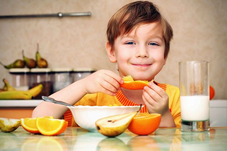 Cần bổ sung vitamin K cho trẻ