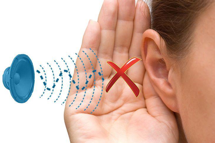 Triệu chứng của bệnh viêm tai giữa ứ dịch ở người lớn: nghe kém