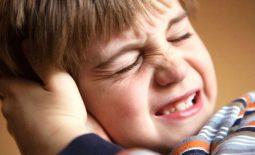 Viêm tai giữa ứ dịch ở trẻ em: Nguyên nhân, triệu chứng và cách trị