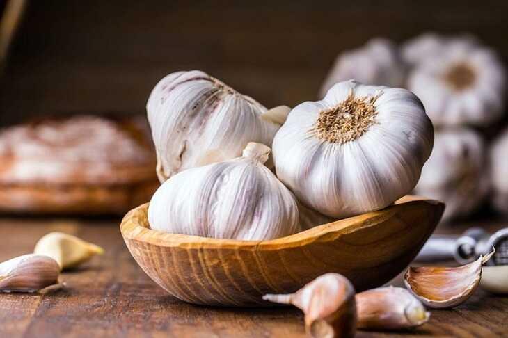 Ăn sống tỏi còn giúp tăng cường hệ miễn dịch của cơ thể