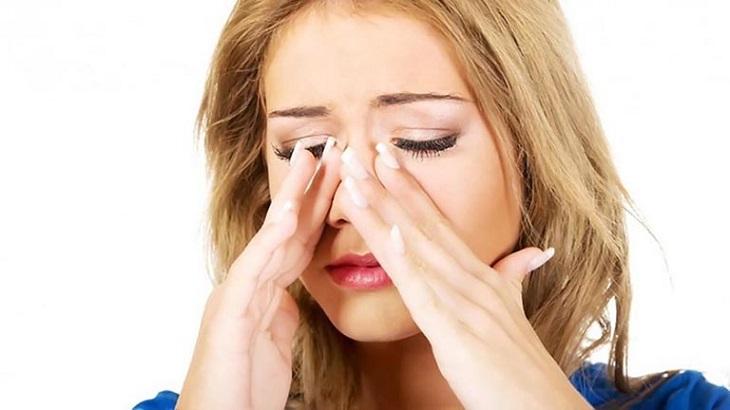 Viêm xoang gây nghẹt mũi ảnh hưởng đến sức khỏe người bệnh