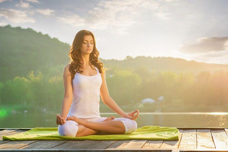 Những lưu ý khi tập yoga chữa viêm mũi dị ứng
