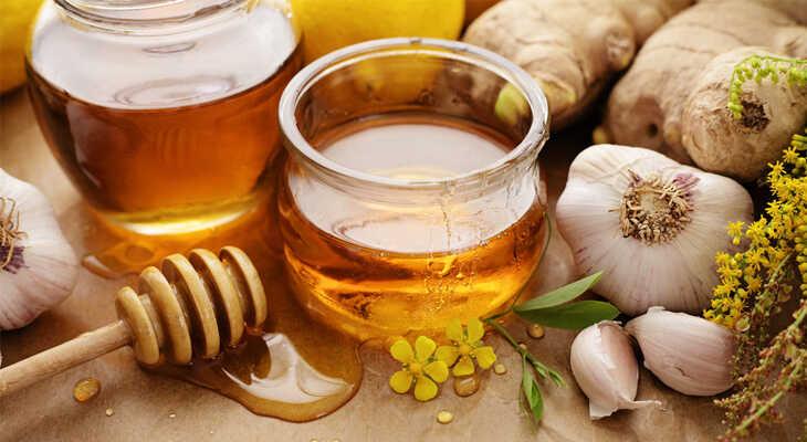 tỏi mật ong có tác dụng khử trùng, kháng khuẩn rất tốt