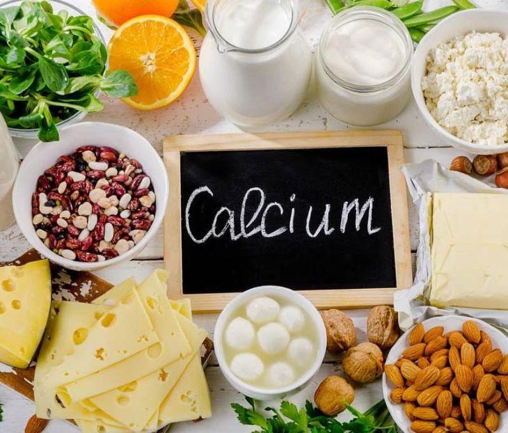 Trẻ cần thường xuyên bổ sung canxi từ các loại thực phẩm