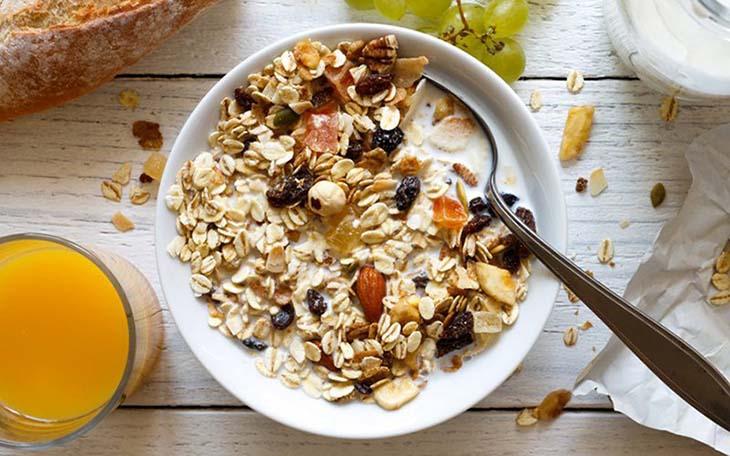 Ngũ cốc rất giàu chất xơ, protein cũng như là nguồn omega 3 dồi dào
