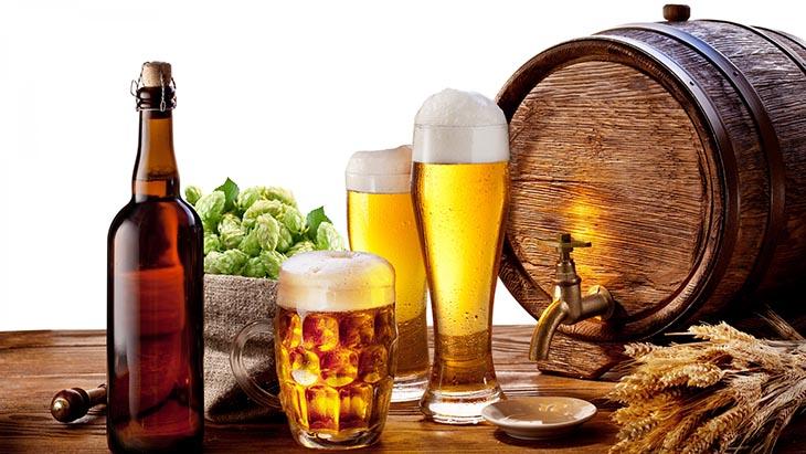 Rượu bia - thức uống người bị bệnh á sừng nên kiêng tuyệt đối