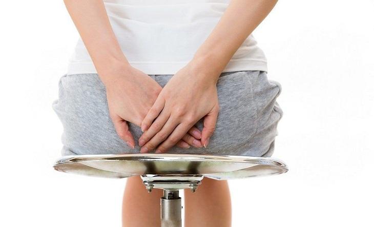 Ngứa, đau rát hậu môn là biểu hiện điển hình của bệnh trĩ